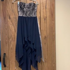 Beautiful flowing high low dress size 7